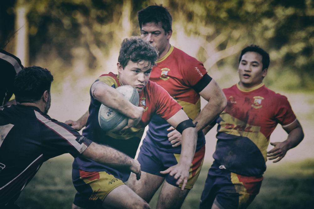 Rugby im Herbstlicht
