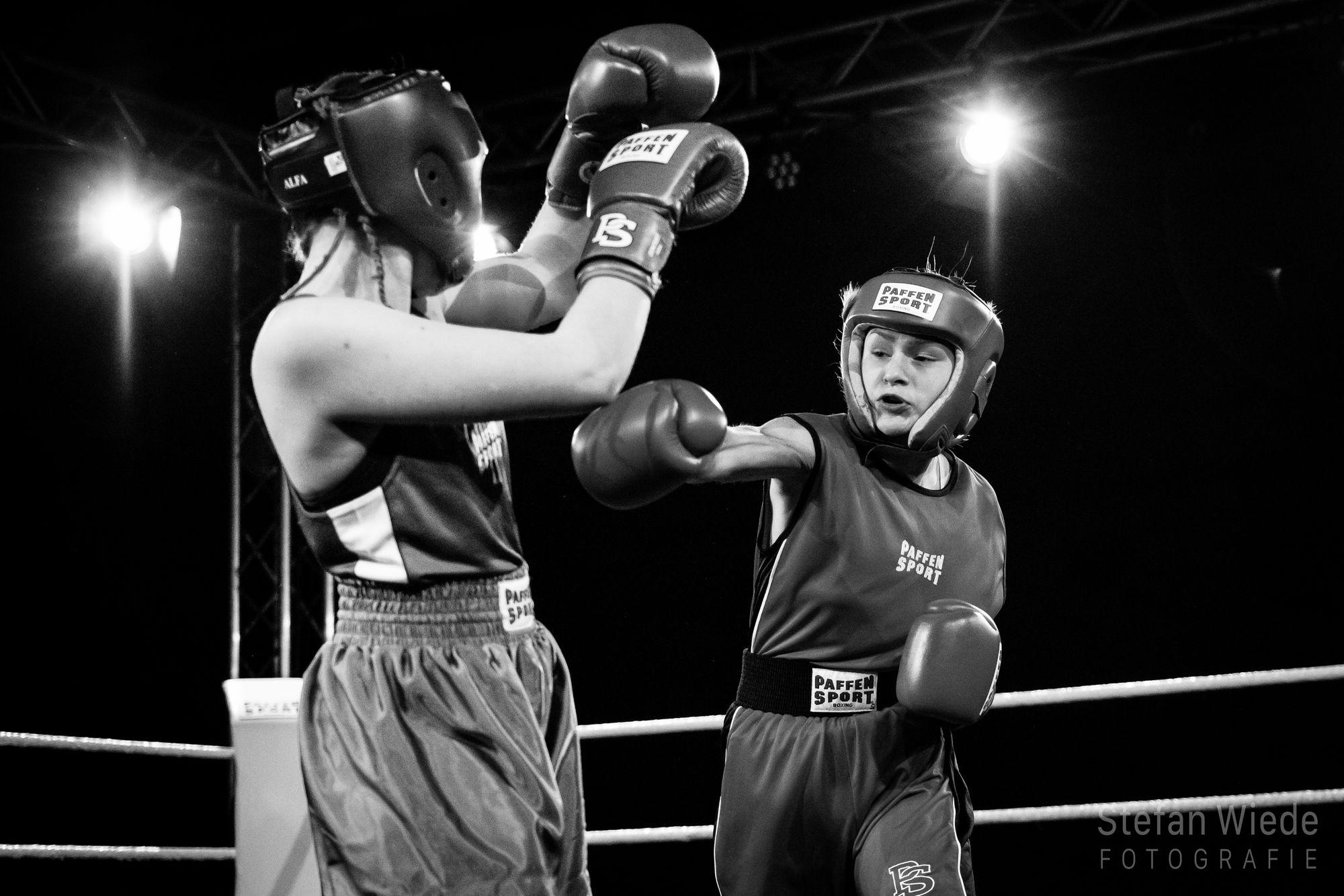Sarah Liegmann im Boxring