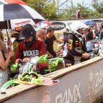 Motocross - Auf und neben der Rennstrecke